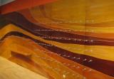 Detail dýhovaného obkladu pro prodejnu MERRELL