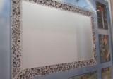 grafické a reklamní tabule Knowles - detail rámečku s produkty